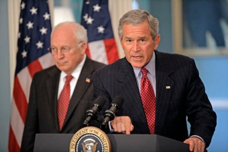 bush_addresses_media_on_israel-lebanon_w_cheney_aug_14_2006.jpg
