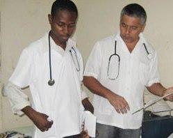 haiti-medicos-cubanos[1]
